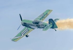 custom airplane graphics